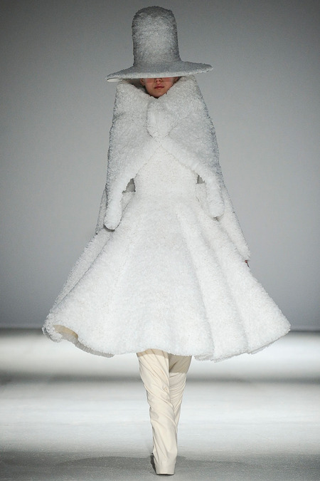 Gareth Pugh fw14 a - All Lambs