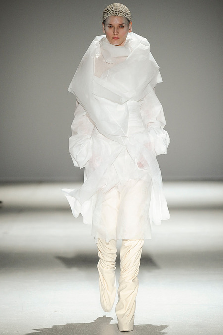 Gareth Pugh fw14 c - All Lambs