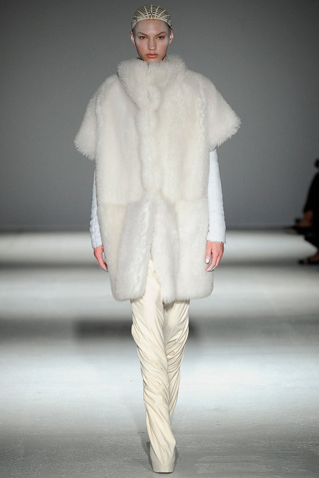 Gareth Pugh fw14 m - All Lambs