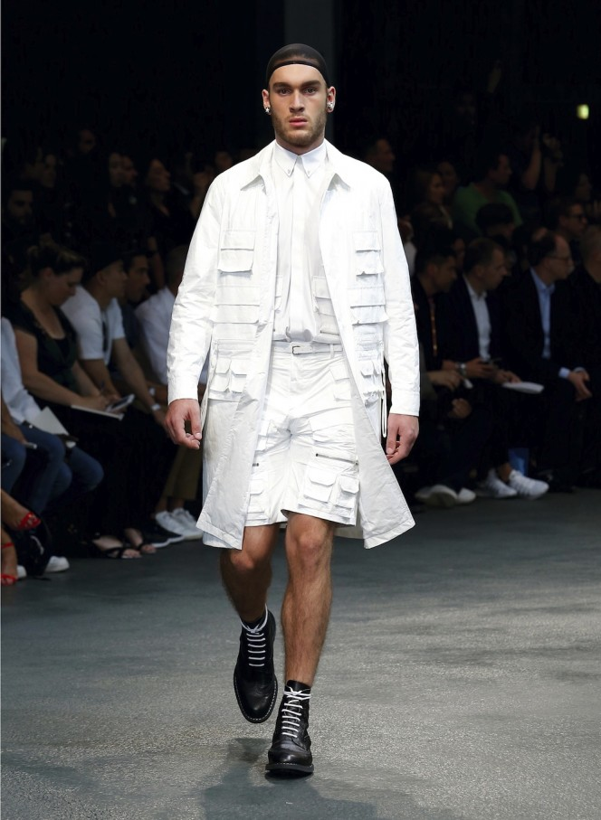 GIVENCHY-SS15-32-All-Lambs