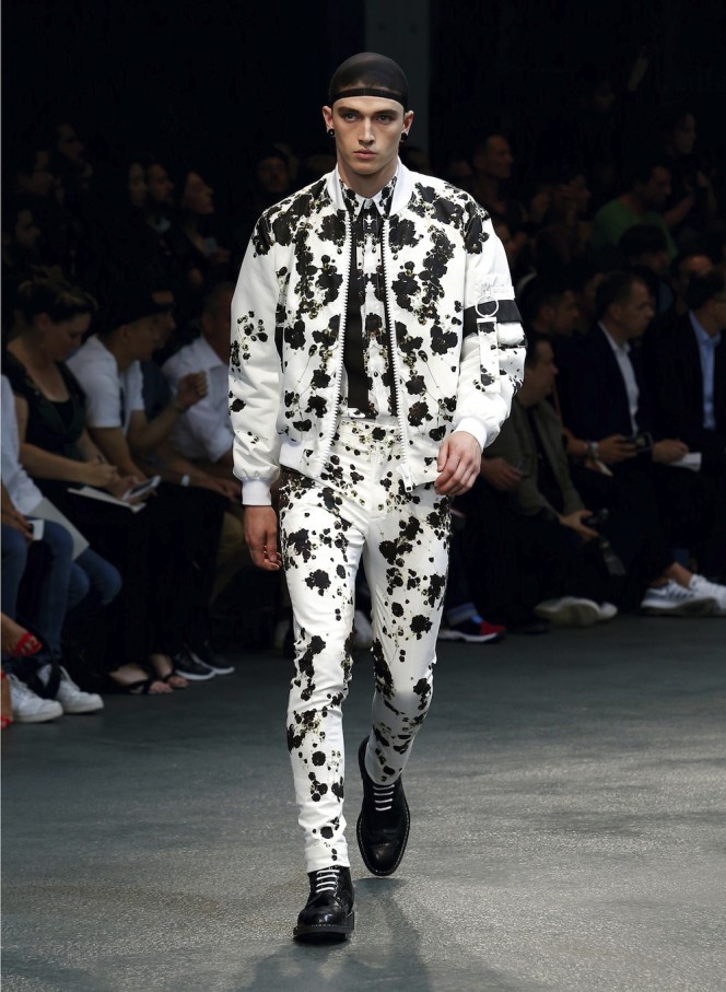 GIVENCHY-SS15-41-All-Lambs