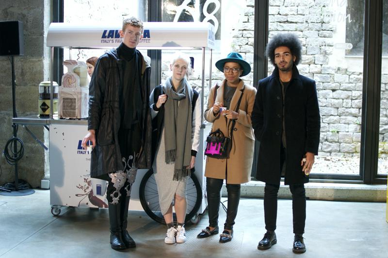 Street style 2 080 Barcelona Fashion